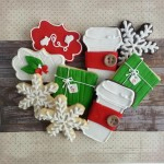 green and red cookie set christmas